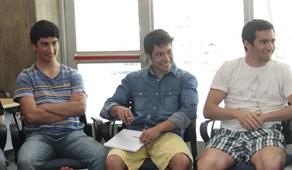 Alumnos de ingeniería presentes en el taller.