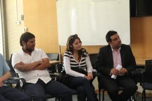 Al centro, Verónica Miranda, estudiante de Ingeniería Civil Estructural.
